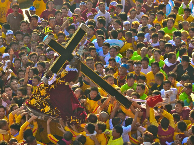 Millions of Filipino devotees flock to the streets of Manila to witness the procession of the Black Nazarene every year. Photo: Wikimedia Commons