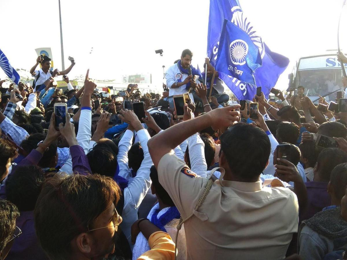 Bhim Army leader Chandrashekhar Azad addresses Dalit visitors at Koregaon Bhima in Pune, Maharashtra. Photo: Varsha Togalkar