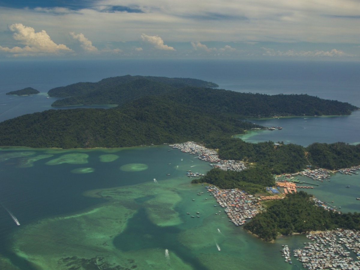 The coast of Pulau Gaya, Malaysia, where the Indonesian was abducted.  Photo: iStock.