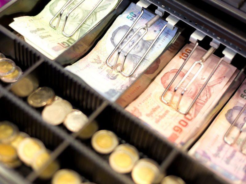 إذا كانت العملات الرقمية في طريقها إلى استبدال النقد، فإن على سلاسل الكتل أن تزيد من سرعتها. صورة: iStock