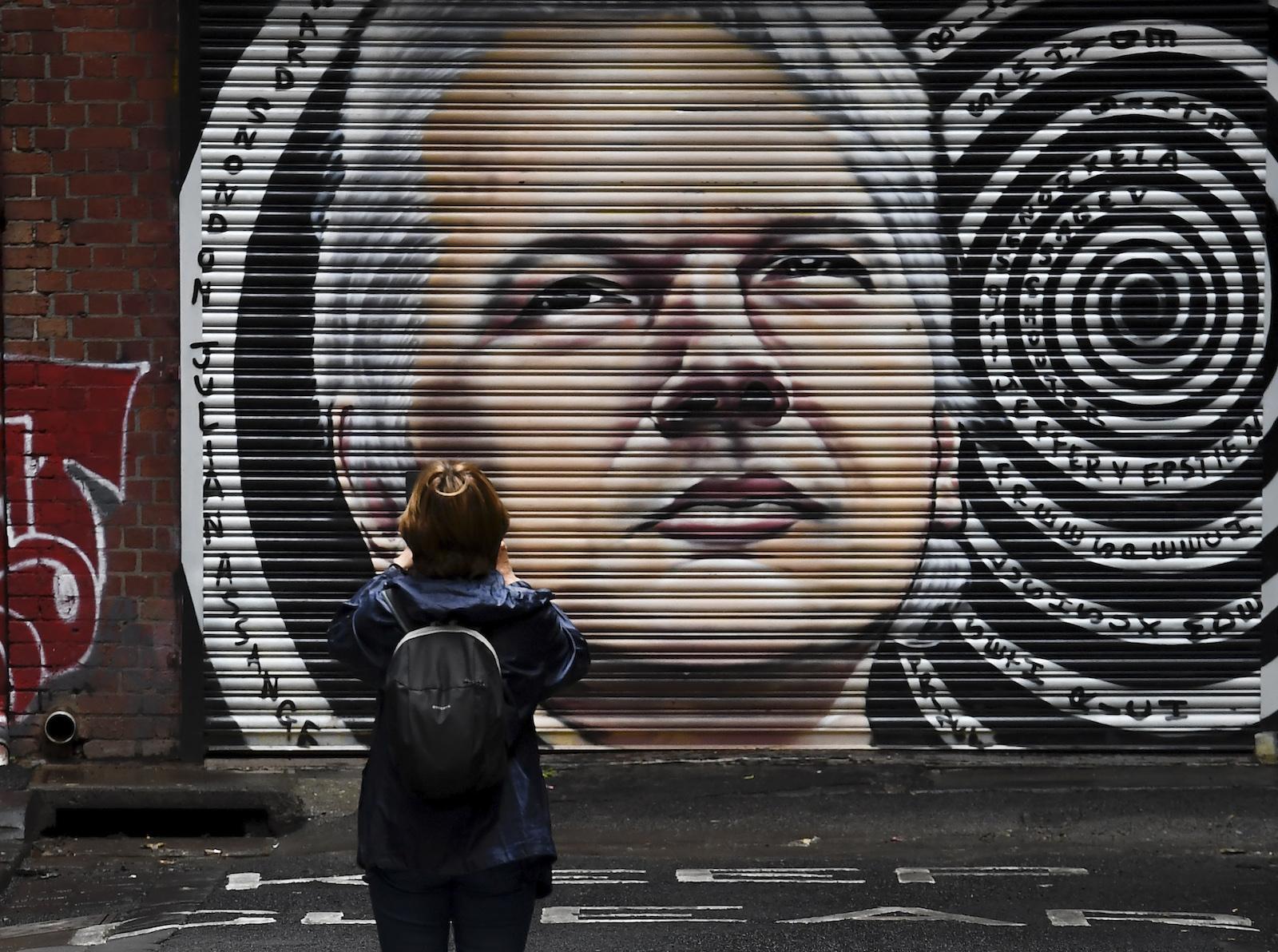 Die Assange-Saga: Echten Journalismus zu praktizieren ist krimineller Wahnsinn