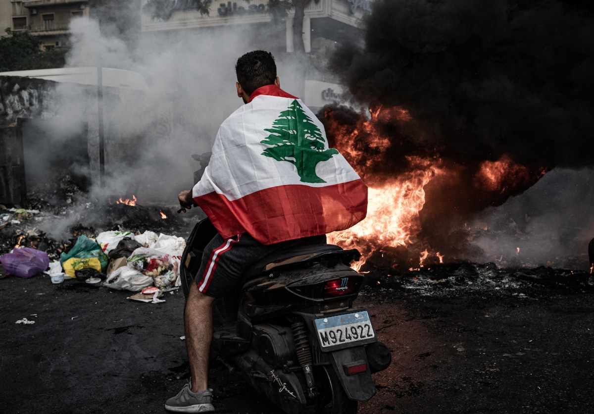 Leaderless Lebanon headed down a road to ruin