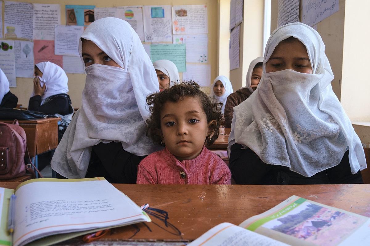 Taliban keep girls guessing on return to school