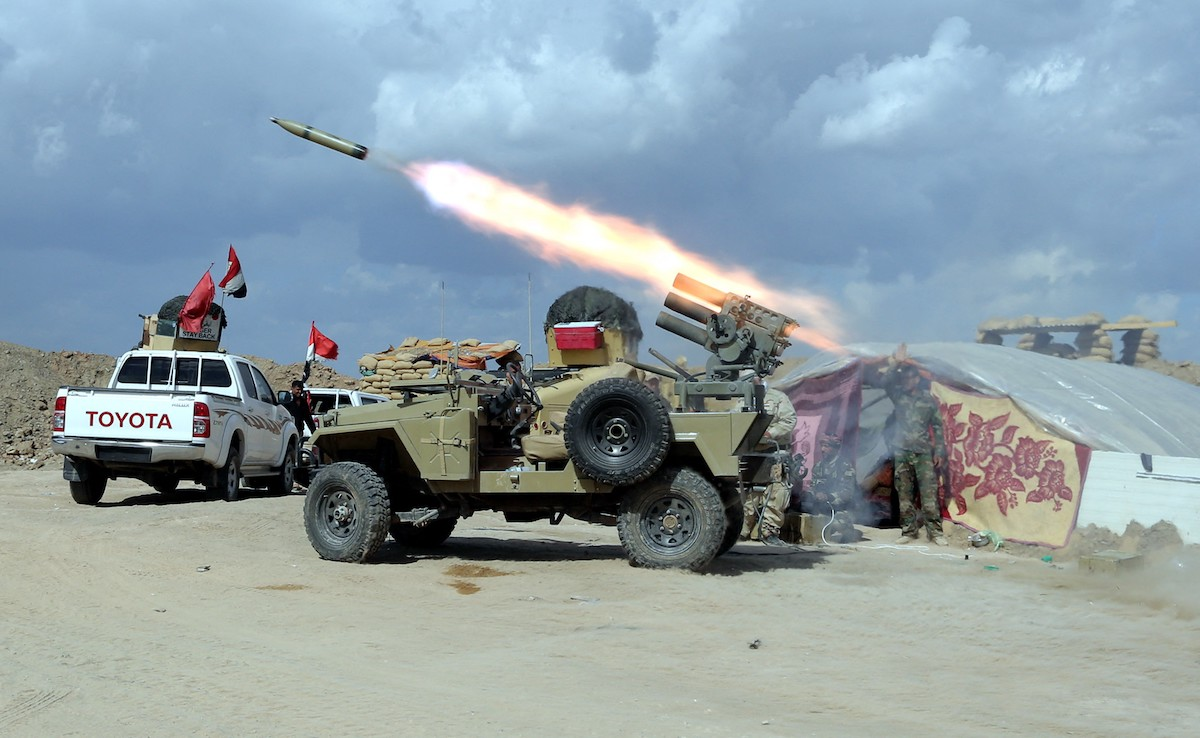 Iraqi Army and volunteer fighters launch an operation in Saladin Governorate against Daesh on March 2, 2015. Photo: AFP / Ali Mohammed / Anadolu Agency