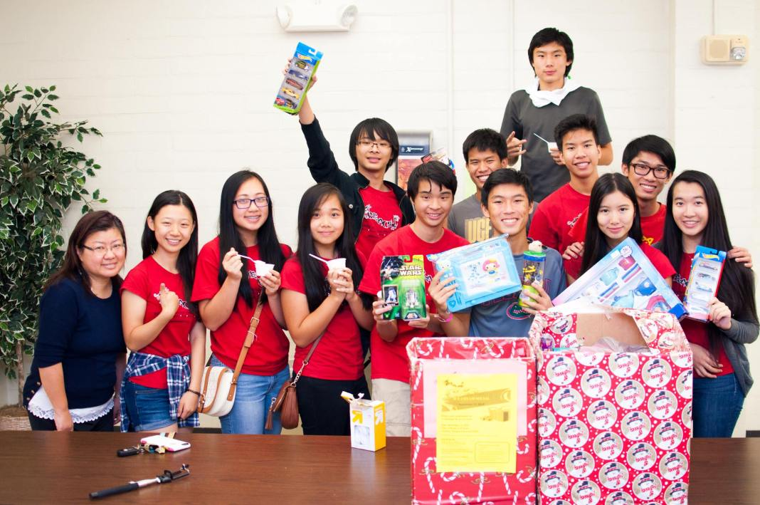 Collecting Toys at the Chinese Schhol of CAACF