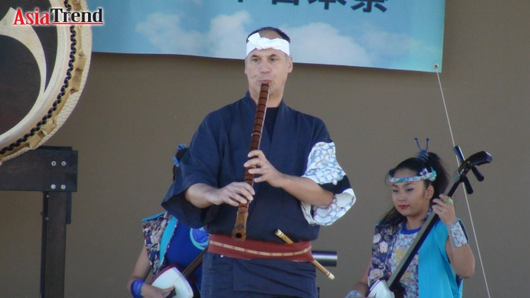 Special Guest: Marco Lienhard performs Shakuhachi