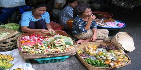 INDONESIA-CENTERED ON ECONOMY