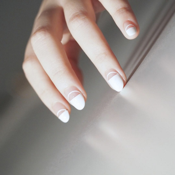 11 Bridal Nail Designs On Insram We Re Obsessing Over Right Now Acrylic Art