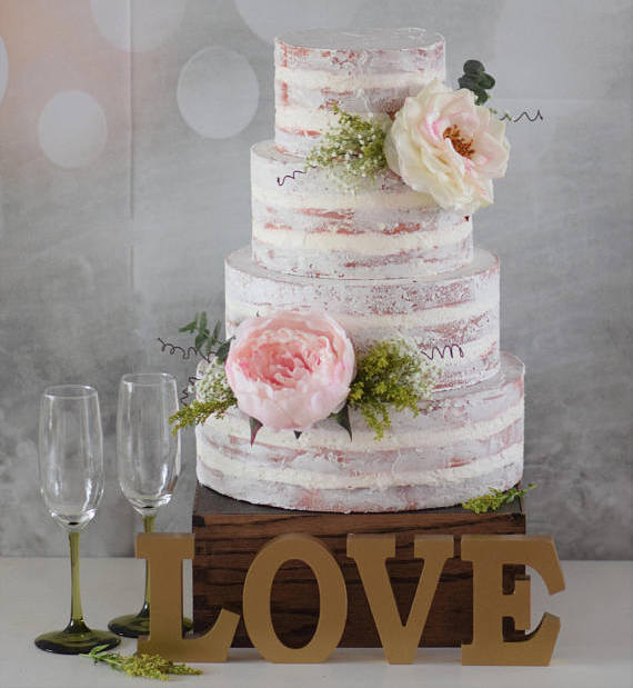 Faux Wedding Cakes  Why Youll Want To Use Fake Wedding