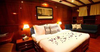 charter-gulet-queen-of-datca-master-cabin-forward