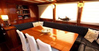 luxury-charter-gulet-queen-of-datca-interior-dining