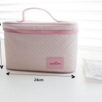 Dimensi ukuran coolerbag terlihat dari depan.