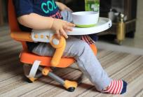 Chicco Booster Seat Pocket Snack in use 3