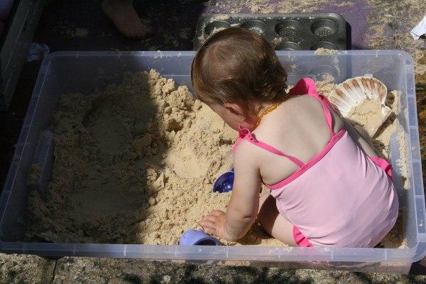 Anak Bermain Pasir