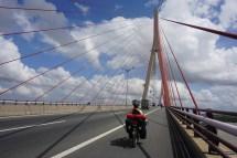 fast 3km lange Brücke über den Mekong