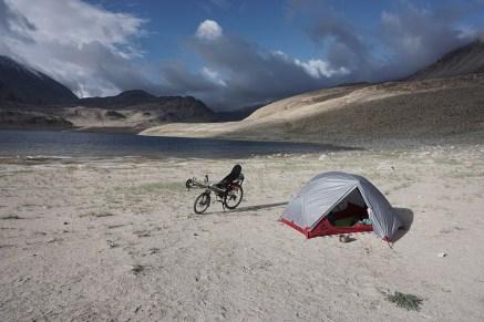 morgentliche Ruhe vor dem Sturm - nahe Khargush Pass