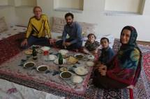 eine von unzähligen Einladungen, hier bei Omid und Somi in Gaz