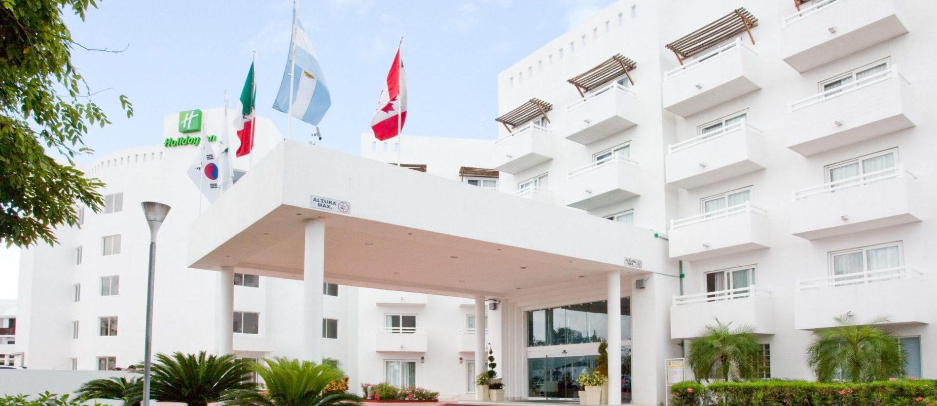 holiday-inn-cancun-arenas-2