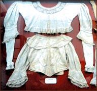 Costumes of European origin