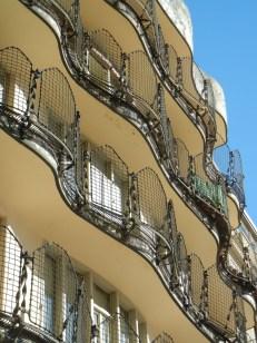 barcelona balcony 8