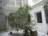 cadiz 8 courtyard