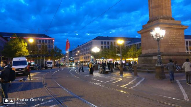 night in luisenplatz