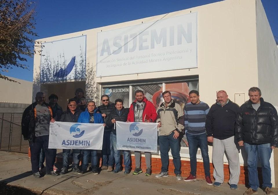 Organizado por ASIJEMIN, trabajadores mineros de la Patagonia desarrollaron curso de oratoria