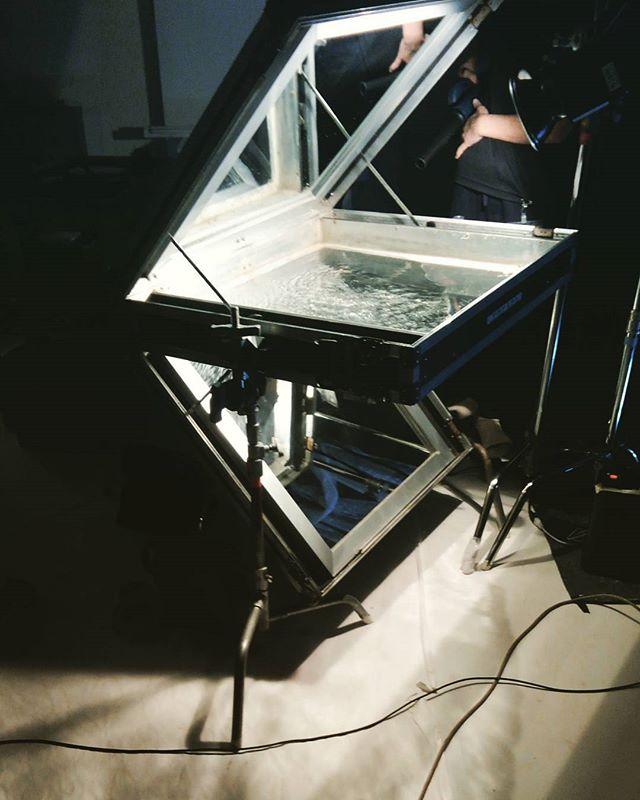 波紋投影装置。いろんな物があるもんだ・・・ #water