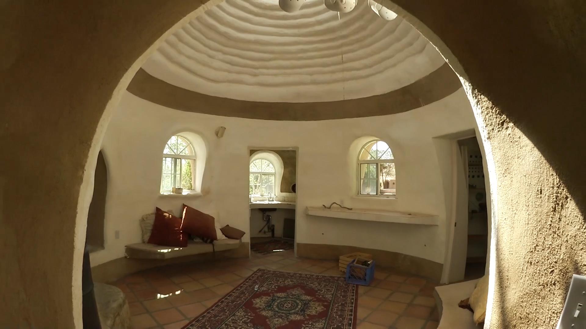 home interior.mp4.00_00_07_25.Still001