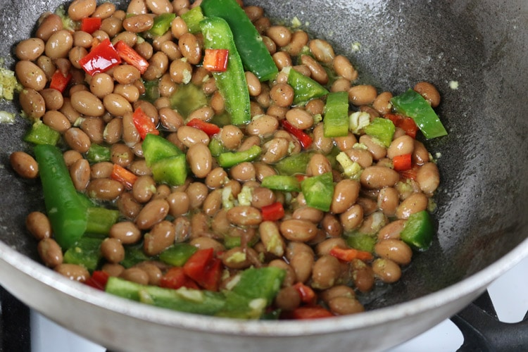 add-peppers-to-the-beans