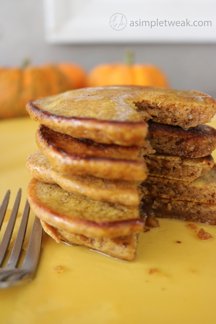 How-to-make-Pumpkin-Pancakes-for-breakfast