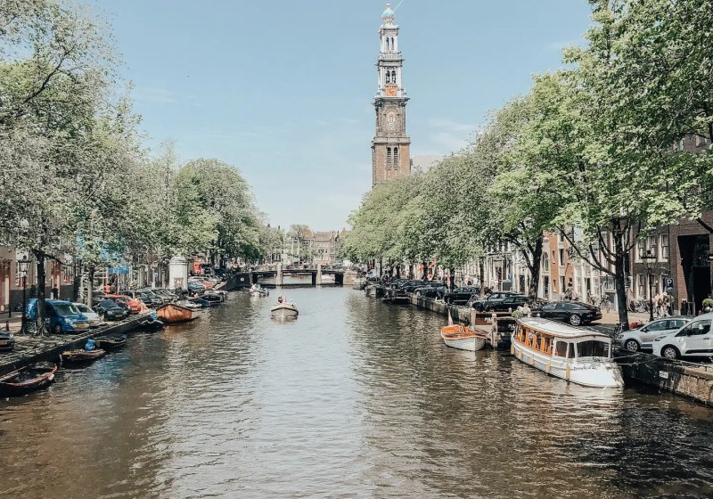 Ultimate Guide for Amsterdam Solo Travel