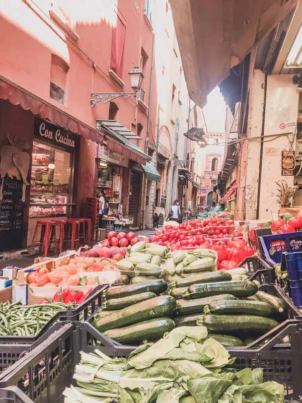 Food Markets in Bologna