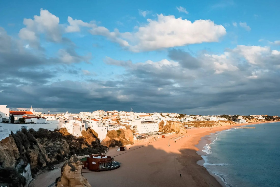 How Far is Albufeira From Faro?
