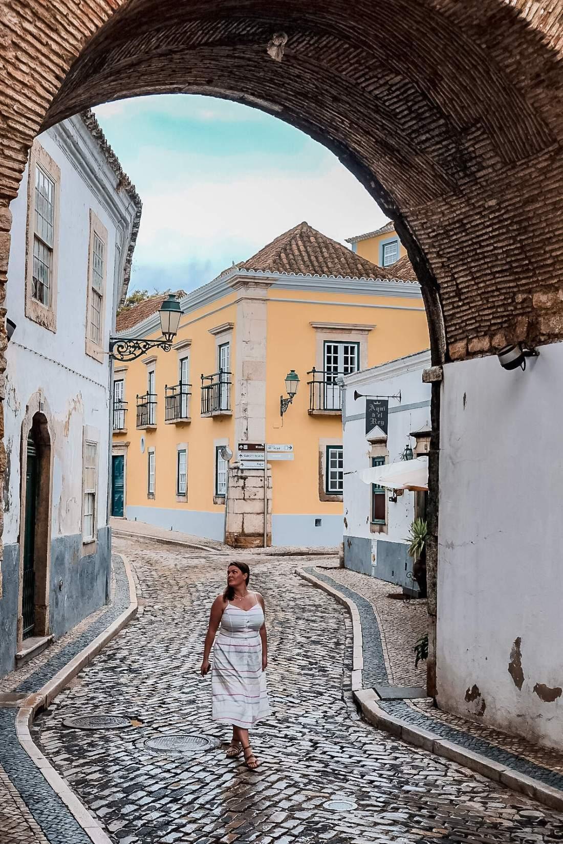Faro travel guide
