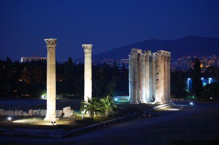 Templo de Zeus, de noche