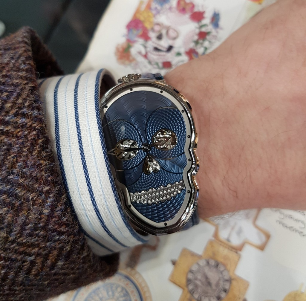 Fiona Krüger Petit Skull Bleu on the wrist