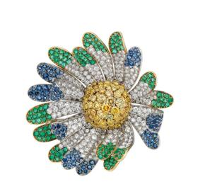 MUS0400_BVLGARI HERITAGE COLLECTION_Flower brooch in platinum with emeralds, sapphires, fancy yellow diamonds and diamonds, 1969