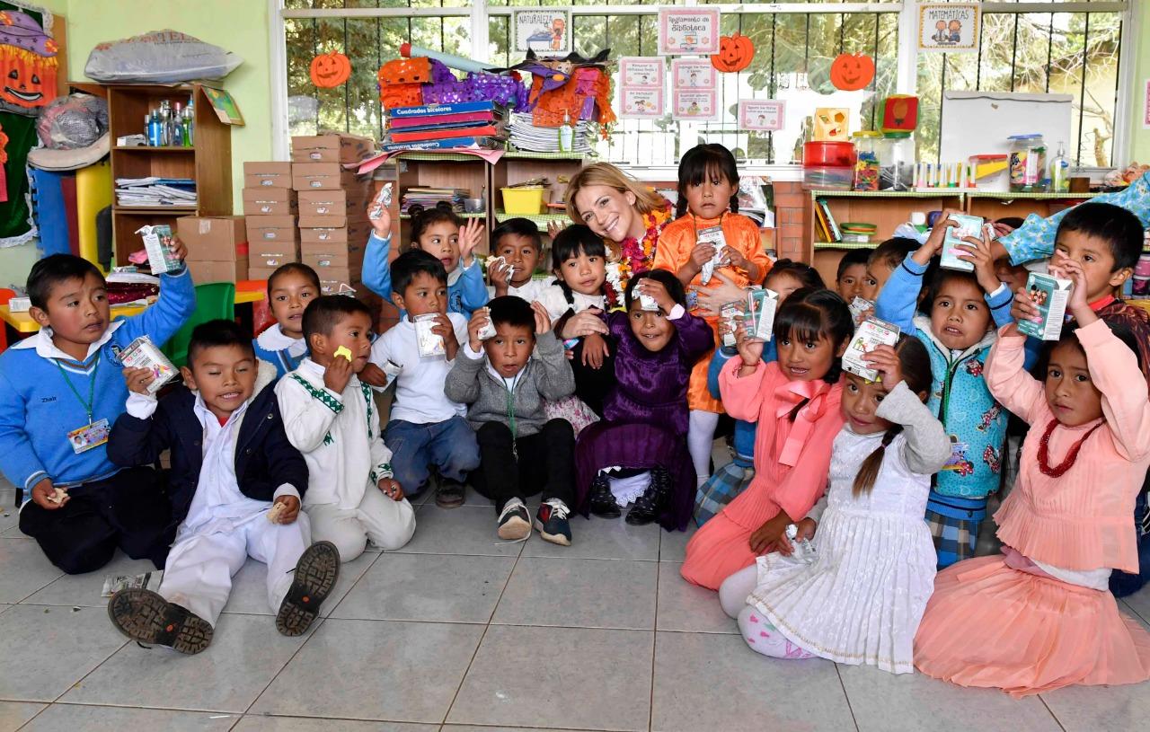Entregan desayunos escolares fríos en San Felipe del Progreso - Noticiario Así Sucede
