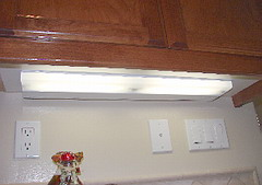 Under Cabinet Lighting Placement