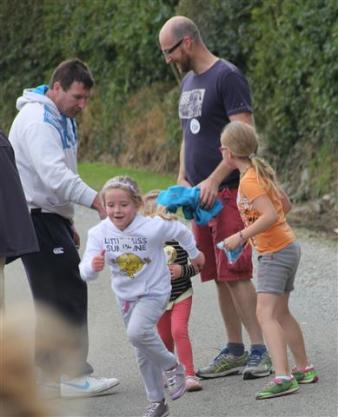 Renata & Eamonn's Fun Run Walk Cycle 5-10-14 (197)