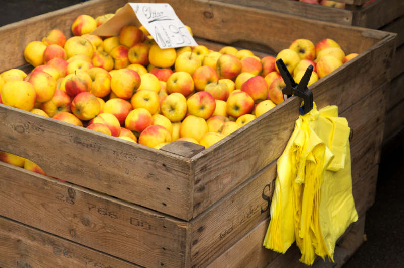 Wholesale apples