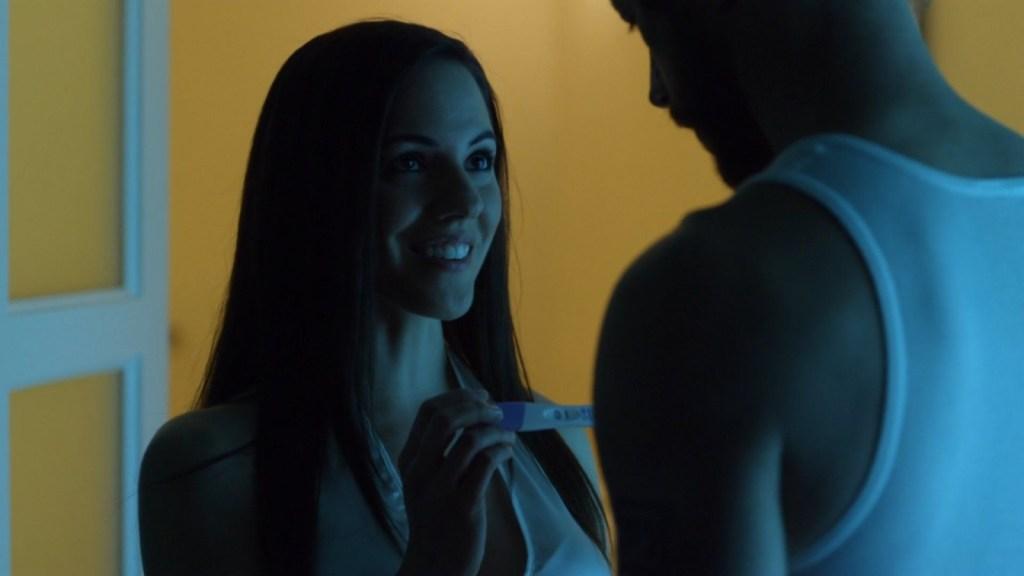 Bo with pregnancy test in Lost Girl 3x10