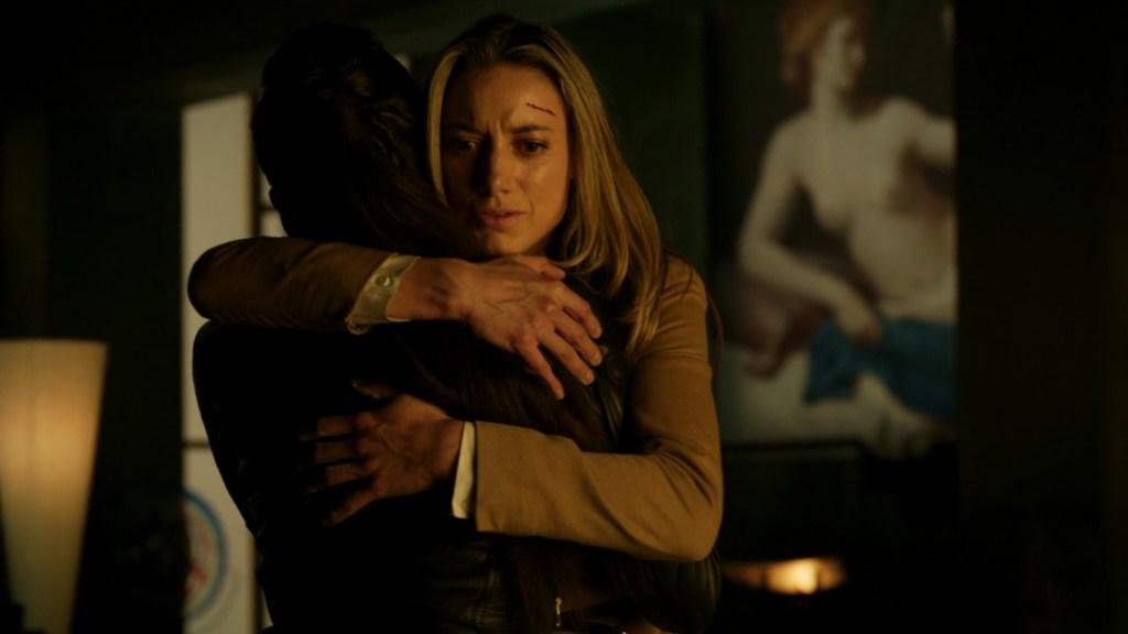 Lauren and Bo hug in Lost Girl 4x13