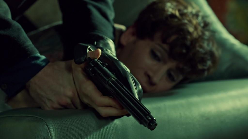 Felix with the gun in Ipsa Scientia Potestas Est