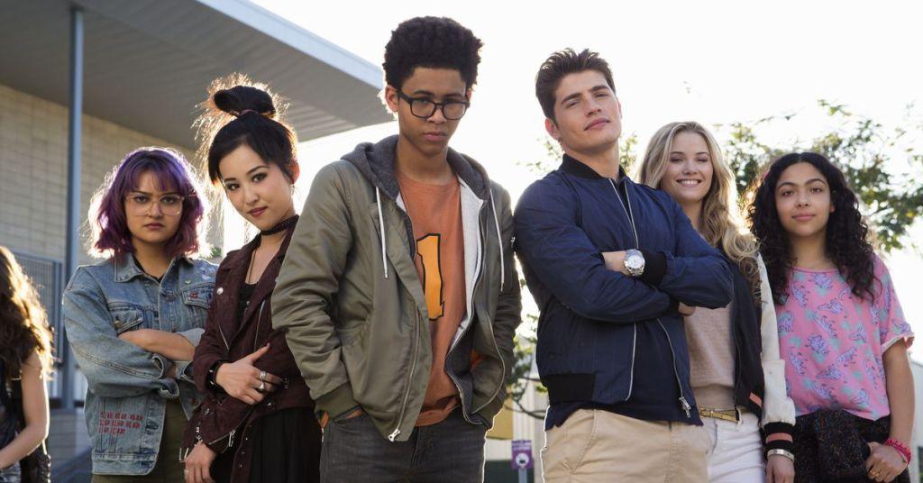 Runaways Season 1 cast