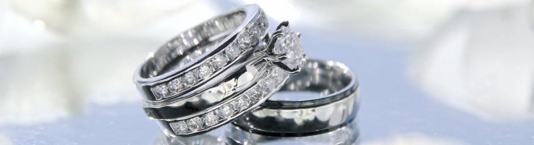 wedding-rings-2364418_1920