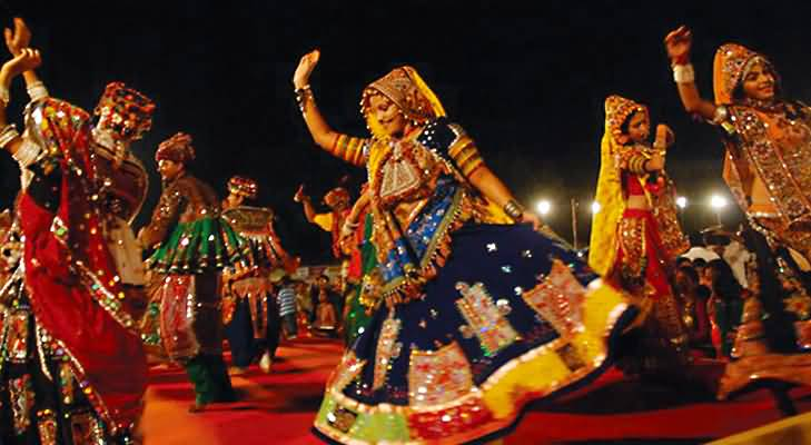 15+ Most Adorable Pictures And Photos Of Navratri Celebrations