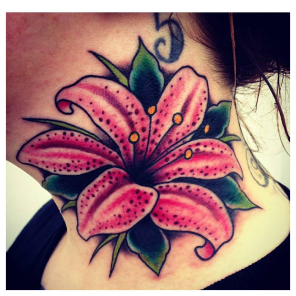 18+ Awesome Flower Tattoo Designs