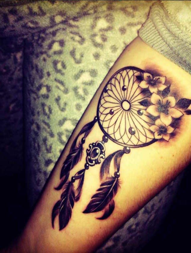 Dream Catcher Forearm Tattoo : dream, catcher, forearm, tattoo, Meaningful, Dreamcatcher, Tattoos, Ideas
